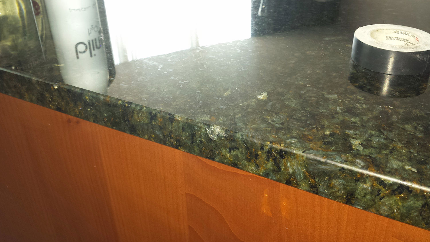 5 Problems And Solutions For Your Granite Countertops In Your Kitchen